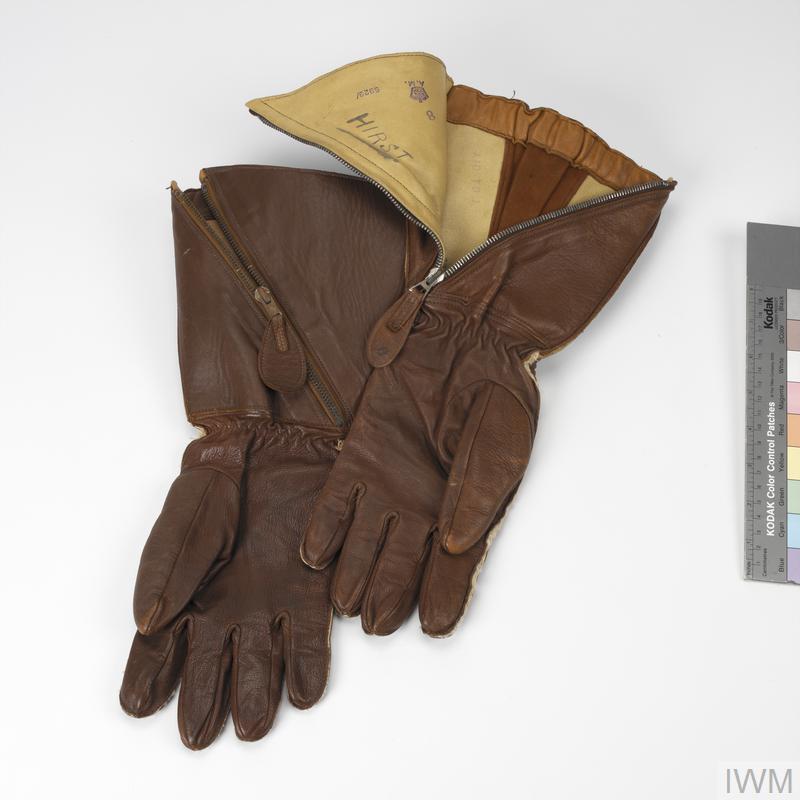 Gauntlets, 1941 pattern: RAF