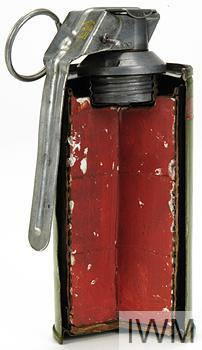 Grenade, hand, smoke, No 83 Red Mk 2 000000