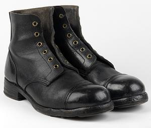 Boots, ankle length ('ammunition boots'), O/Rs (UNI 13150)