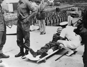 MARINES FIGHTING REBEL INSURGENTS IN BRUNEI. DECEMBER 1962, LABUAN.