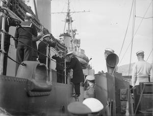 WITH THE BRITISH NAVY IN GREECE. JANUARY 1945, SIMI.