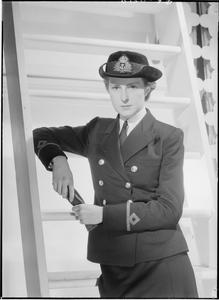 WOMEN'S ROYAL NAVAL SERVICE. NOVEMBER 1942, ADMIRALTY. UNIFORMS OF THE WRNS.