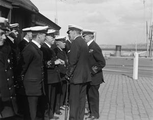 THE ROYAL NAVY ON THE HOME FRONT, 1914-1918