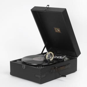Reproduction Equipment, HMV Gramophone Model 97 : British