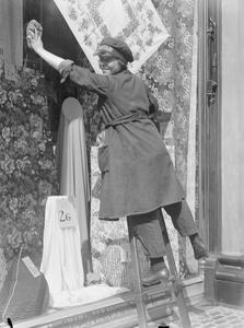 THE EMPLOYMENTOF WOMEN ON THE HOME FRONT, 1914-1918
