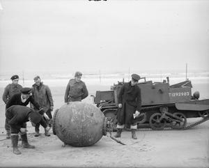 THE NAVAL MINE RECOVERY AND DISPOSAL SQUADS IN SCOTLAND, 1939-1945