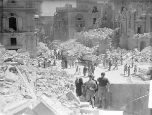 BOMB DAMAGE IN VALLETTA, MALTA, 1 MAY 1942.