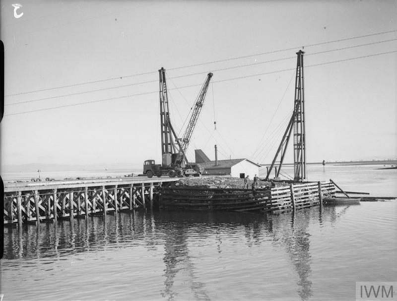 AN AMERICAN BASE UNDER CONSTRUCTION AT LISAHALLY,  NEAR LONDONDERRY,  NORTHERN IRELAND, 28 JANUARY 1942