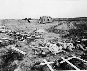 GRAVES ON THE WESTERN FRONT IN 1918