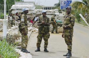 BRITISH FORCES IN SIERRA LEONE, 2000
