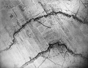 AERIAL PHOTOGRAPHY ON THE WESTERN FRONT, 1916.