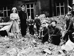 THE LONDON BLITZ 1940
