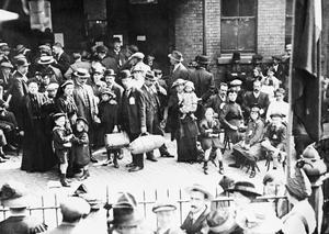 WAR REFUGEES IN BRITAIN, 1914-1918