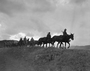 British ammunition column moving along the Struma Valley. 4th October, 1916. © IWM (Q 32438)