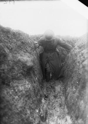 TRENCH WARFARE ON THE WESTERN FRONT DURING THE FIRST WORLD WAR