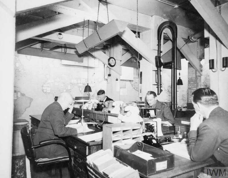 The cabinet war rooms in 1945 hu 58517 - Churchill war cabinet rooms ...