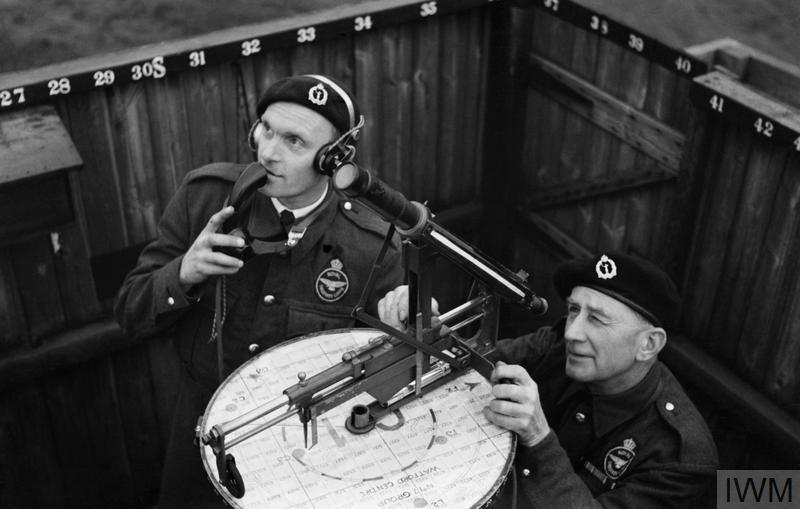 THE ROYAL OBSERVER CORPS, 1939-1945.