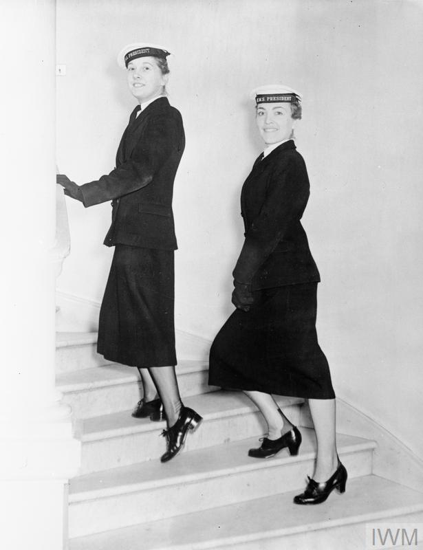 WOMEN'S ROYAL NAVAL SERVICE UNIFORMS, APRIL 1958