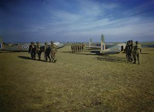 PARATROOP TRAINING AT NETHERAVON, WILTSHIRE, NOVEMBER 1942