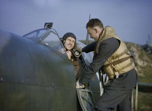 AT A ROYAL AIR FORCE FIGHTER STATION IN BRITAIN, NOVEMBER 1942