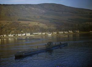 ROYAL NAVY SUBMARINES IN HOLY LOCH, SCOTLAND, 1942