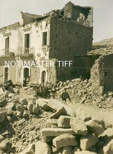 THE BRITISH ARMY IN SICILY, AUGUST 1943