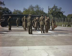CAPTURED GERMAN SENIOR OFFICERS FROM THE AFRICAN CAMPAIGN ARRIVE AT A PRISONER OF WAR CAMP IN BRITAIN, 10 JUNE 1943