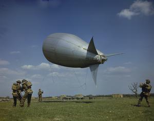 ROYAL AIR FORCE BALLOON CREW IN BRITAIN, 1944