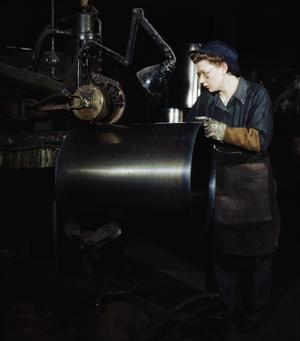 WOMEN WAR WORKERS IN BRITAIN, 1944