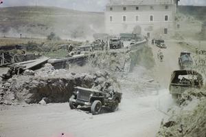 ALLIED ENGINEERS REPAIR BRIDGES DEMOLISHED BY GERMANS RETREATING FROM ROME, 18 JUNE 1944