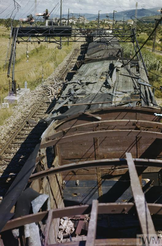 arezzo chiusi italy train - photo#25