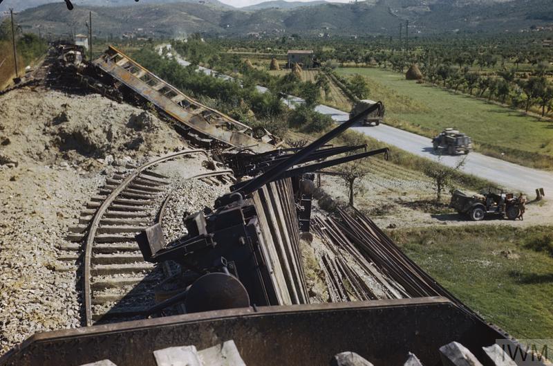 arezzo chiusi italy train - photo#12