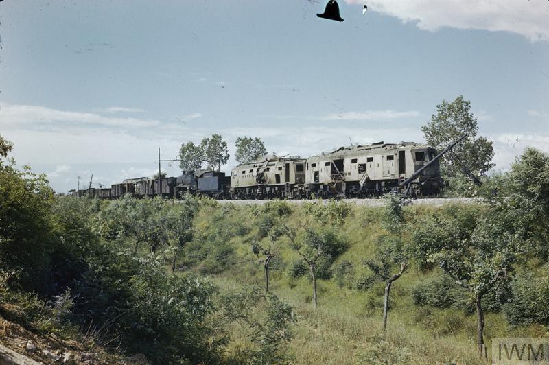 arezzo chiusi italy train - photo#29