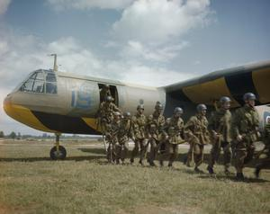 PARATROOP TRAINING AT BRIZE NORTON, 24 JUNE 1943