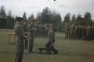 HM KING GEORGE VI WITH THE BRITISH LIBERATION ARMY IN HOLLAND, 15 OCTOBER 1944