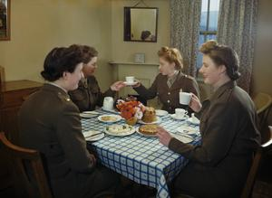 THE AUXILIARY TERRITORIAL SERVICE IN BRITAIN DURING THE SECOND WORLD WAR