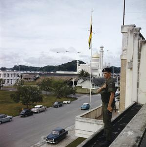 THE BRITISH ARMY IN BRUNEI, JANUARY 1963