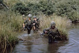 THE VIETNAM WAR 1962 - 1975 (CT 158)