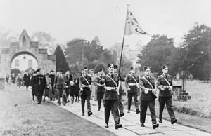PRESENTATION OF A ROYAL AIR FORCE ENSIGN AND MEMORIAL TABLET TO THE CATHEDRAL CHURCH OF ST MARY THE VIRGIN, SOUTHWELL, 1945
