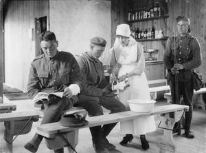 THE VOLUNTARY AID DETATCHMENT (VAD) DURING THE FIRST WORLD WAR