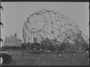 THE WRECKED ZEPPELINS IN ESSEX [Main Title]