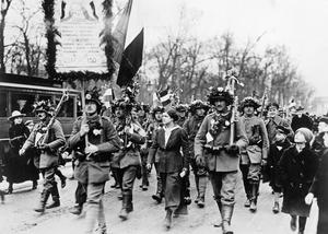 THE GERMAN REVOLUTION, 1918-1919