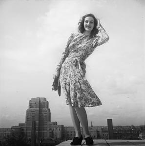 AUSTERITY CLOTHES: FASHION RESTRICTIONS IN WARTIME BRITAIN, 1943