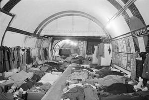 THE LONDON UNDERGROUND AS AIR RAID SHELTER, LONDON, ENGLAND, 1940