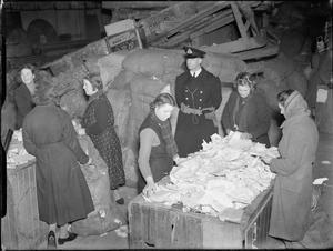 DESTRUCTION OF CONFIDENTIAL AND SECRET PAPERS FOR THE ADMIRALTY DURING THE SECOND WORLD WAR