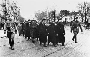 THE NAZI PERSECUTION OF JEWS IN OCCUPIED POLAND, 1939-1945
