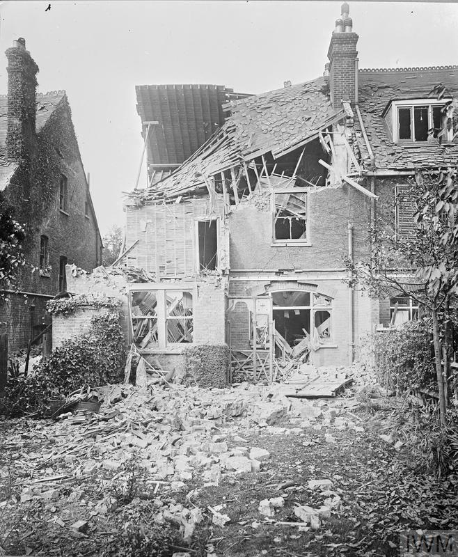 Air Raids and Bomb Damage: Damage to a terraced house in Beech House Road, Croydon. Five Zeppelins raided London on 13 - 14 October 1915. Imperial War Museum © IWM (HO 18)
