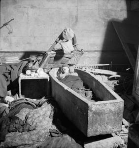 SHELTER PHOTOGRAPHS TAKEN IN LONDON BY BILL BRANDT, NOVEMBER 1940