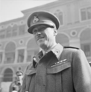 SECOND WORLD WAR: VICTORIA CROSS HOLDERS' PORTRAITS (GENERAL)