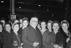 BRITISH POLITICAL PERSONALITIES 1936-1945